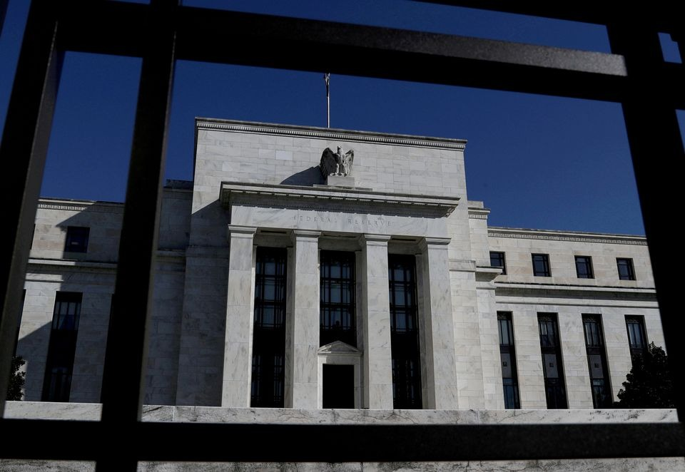 Minutes highlight a Fed split over labor market, bond-buying taper